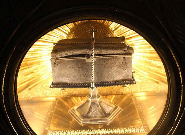 A âmbula do 'Milagre dos Peixe'. paróquia de Almácera