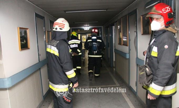 Betegeket mentettek a tűzből a székesfehérvári kórházban