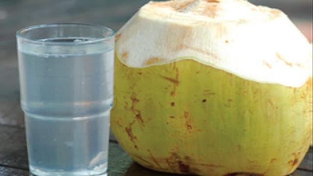 Manfaat Air Kelapa Ijo untuk Asam Urat