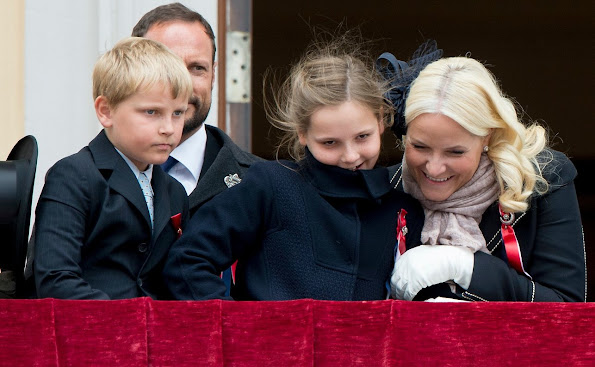 King Harald and Queen Sonja, Crown Prince Haakon of Norway and Crown Princess Mette-Marit of Norway with Princess Ingrid Alexandra, Prince Sverre Magnus and Marius Borg Høiby