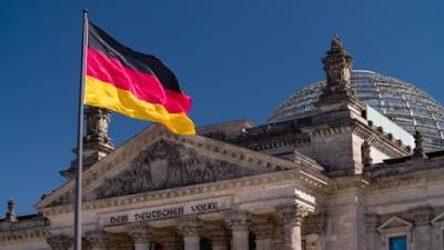 منحة ممولة بالكامل لدراسة اللغة الألمانية عبر الإنترنت