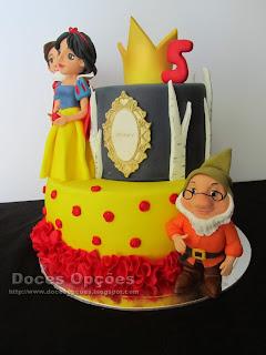 bolo Branca de Neve e os Sete Anões