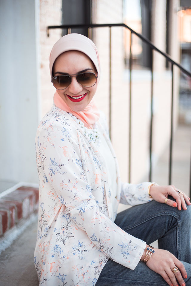Top 5 Sunglasses Styles-Ray Ban Aviators-Cat Eye Sunglasses-Clubmaster Sunglasses-Round Sunglasses-Toirtoise-Colored Sunglasses-HIjab Style- A Day In The Lalz