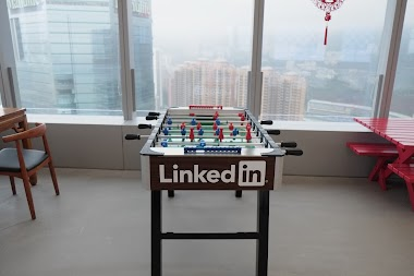 SOCIAL MEDIA :: Growing your business with LinkedInfluence
