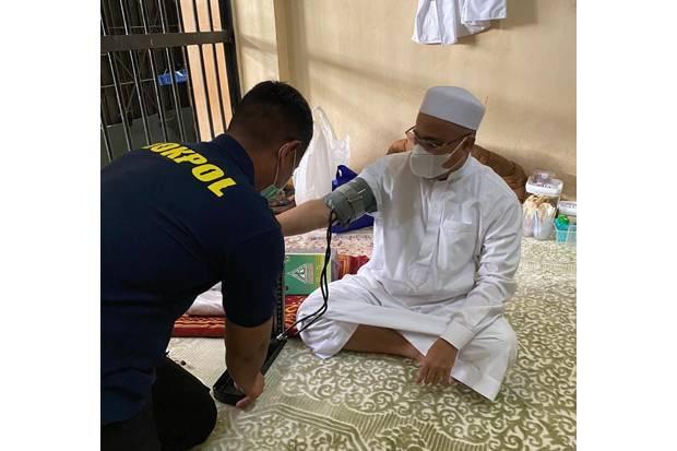 Kondisi Terbaru Sang Imam: Rutin Beri Kultum Selepas Sholat di Rutan