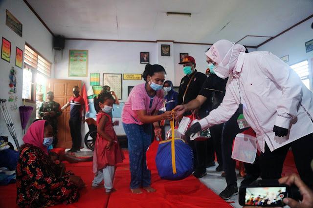 Mensos Himbau Percepatan Relokasi Rumah Korban Bencana Longsor Nganjuk
