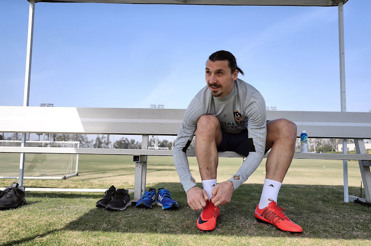d27a85bda746 Zlatan Ibrahimovic Wears Old Nike Mercurial Vapor 11 Boots Because He Just  Likes Them. +1. 2 of 2. 1 of 2
