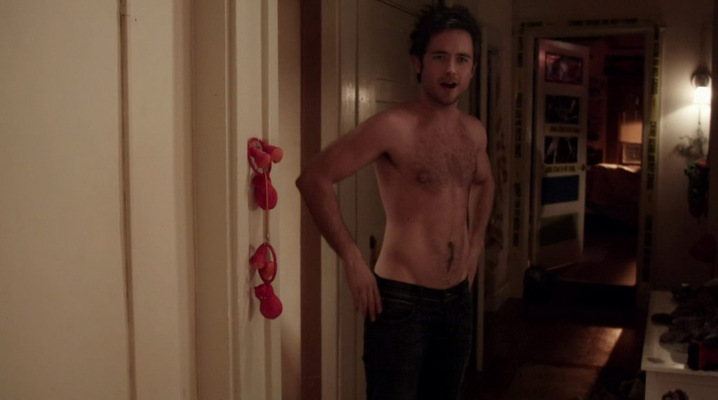 Justin chatwin shirtless against