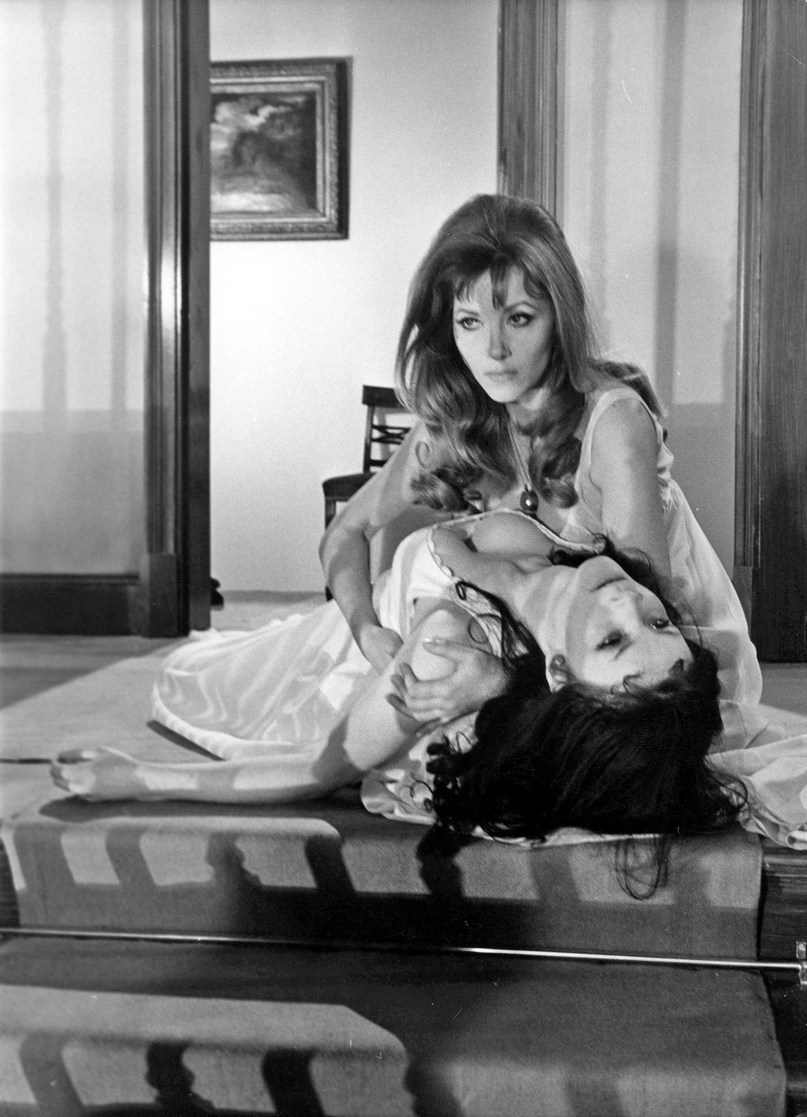Ingrid Pitt and Kate O'Mara in 'The Vampire Lovers' (1970)