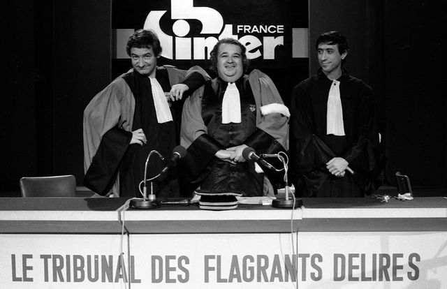 DÉLIRES FLAGRANTS DES TÉLÉCHARGER TRIBUNAL LE