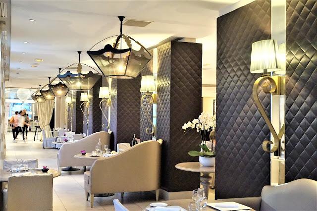 Salons de l'hôtel du Roi René