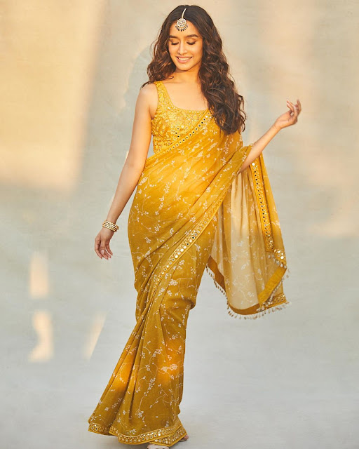 Shraddha Kapoor  (Indian Actress) Wiki, Age, Height, Family, Career, Awards, and Many More