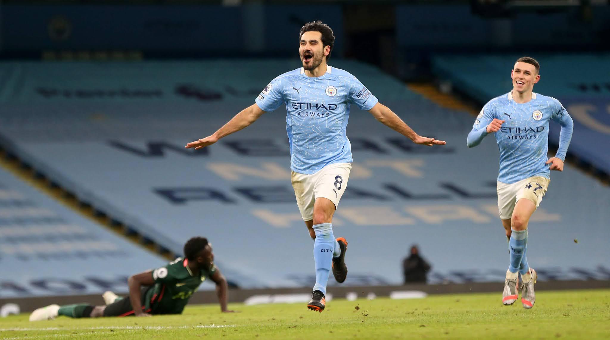 """Manchester City, con """"Kun"""" Agüero de suplente, goleó y se consolidó en liderazgo"""