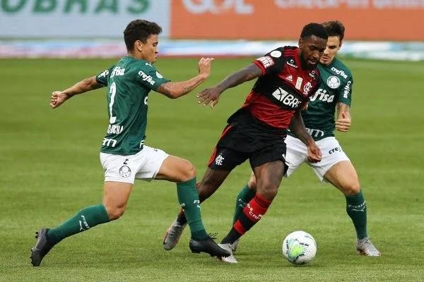 Flamengo e Palmeiras se enfrentam hoje ás 11h no Estádio Mané Garrincha