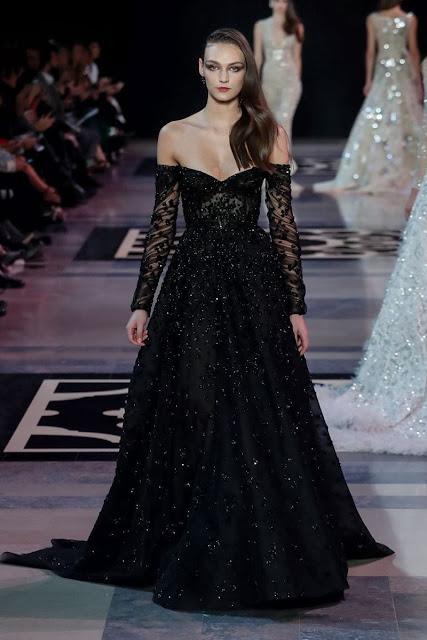الفساتين السوداء لغير المحجبات