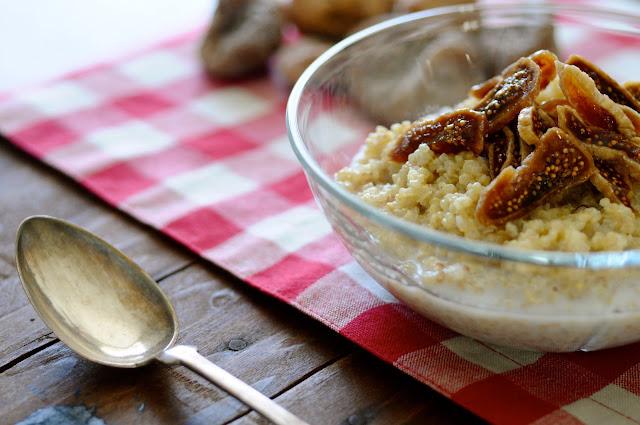 sund quinoagrød med figner