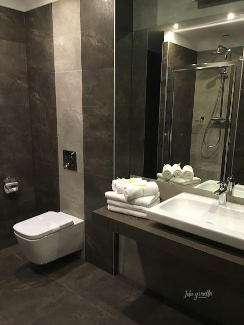 Topolowa Residence baño