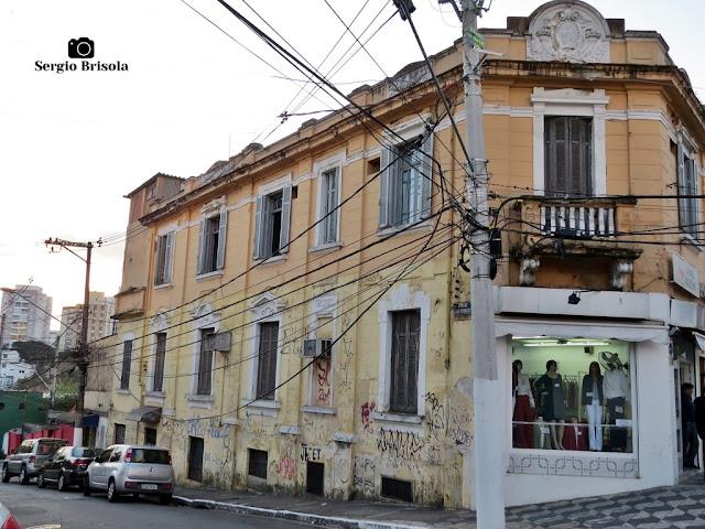 Vista ampla de uma Antiga edificação na Rua Domingos de Morais 1234 - Vila Mariana - São Paulo