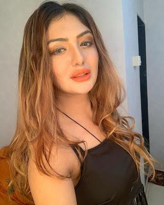 khushi mukherjee facebook