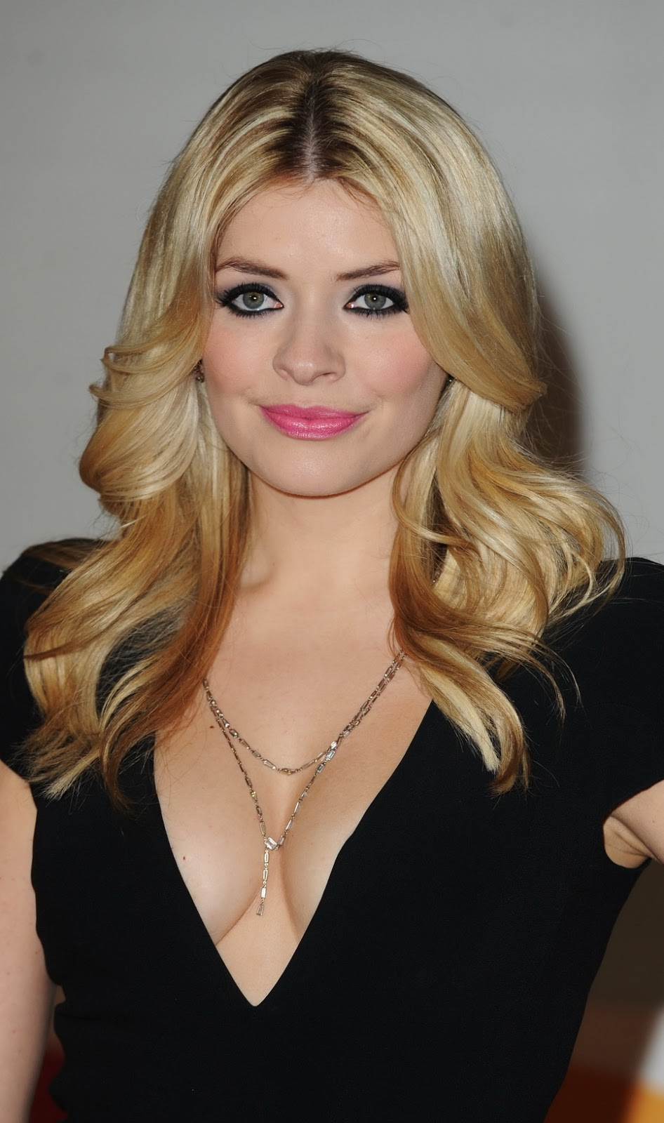 Nude Photos Of Holly Willoughby