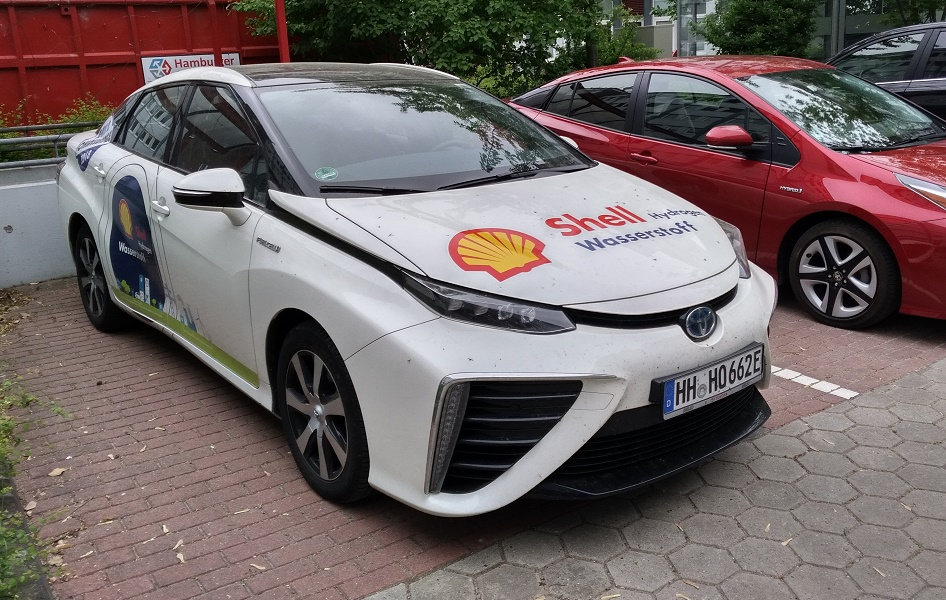Oilholics Synonymous Report: Oil giant Shell on revving cars