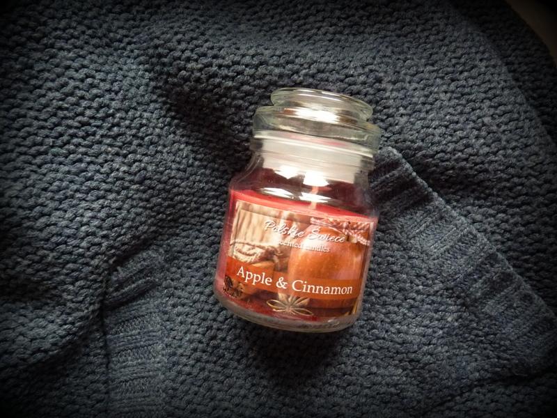 Polskie Świece – Apple & Cinnamon