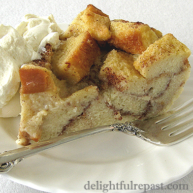 Bread and Butter Pudding - Bread Pudding / www.delightfulrepast.com