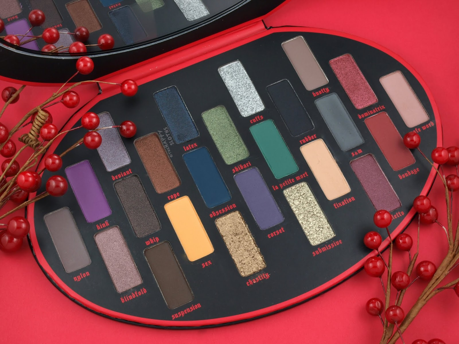 Kat Von D | Holiday 2018 Fetish Eyeshadow Palette: Review and Swatches