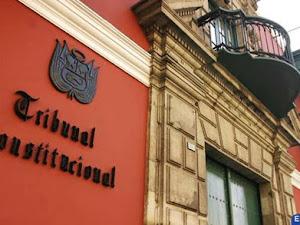 """Tribunal Contitucional sobre vacancia presidencial por """"permanente incapacidad moral"""""""