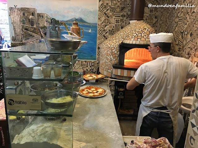 Trattoria e Pizzeria 'O Vesuvio