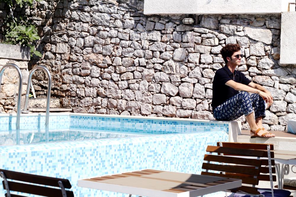 BLOG-MODE-HOMME-VOYAGE-STYLE_kotor-kamenari-continental-group-casa-del-mare-montenegro-capitano-boka-bay-hotel
