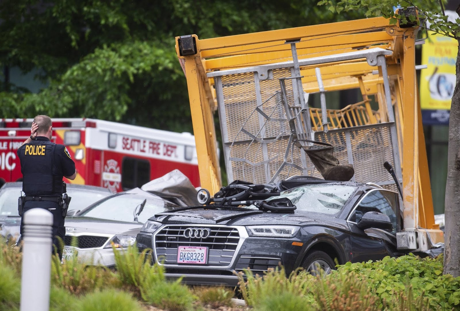 Four Killed, 4 Others Injured After Crane Smashes Cars at