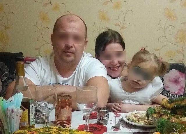 «Он ее бил, а мама смеялась»: знакомые рассказали правду о семье, где убили 2-летнюю девочку