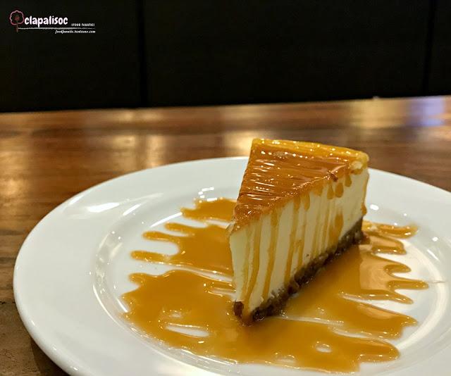Newyork Cheesecake from Starbucks BGC Stopover