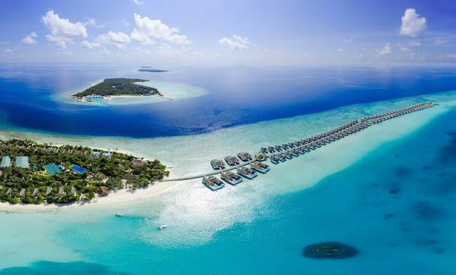 Maldives Membuka Wisata Mulai 1 Juli, Spesial untuk Pemilik Jet Pribadi