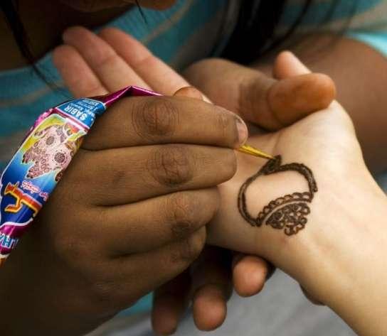 Donde Se Puede Comprar Henna Para Hacer Tatuajes dermapixel: tatuajes con henna que permanecen