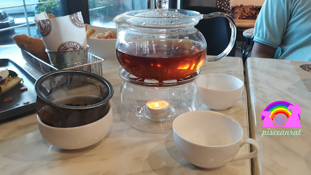 Now HIGHLY RECOMMENDED is their hot tea which was served very nicely. We chose Apple Teani (you can see the loose leaf used and its temperature is maintained by a tealight candle, I can compare it to a very expensive teahouse that we had visited).