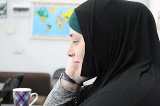 Wanita muslimah bersama tuhan nya