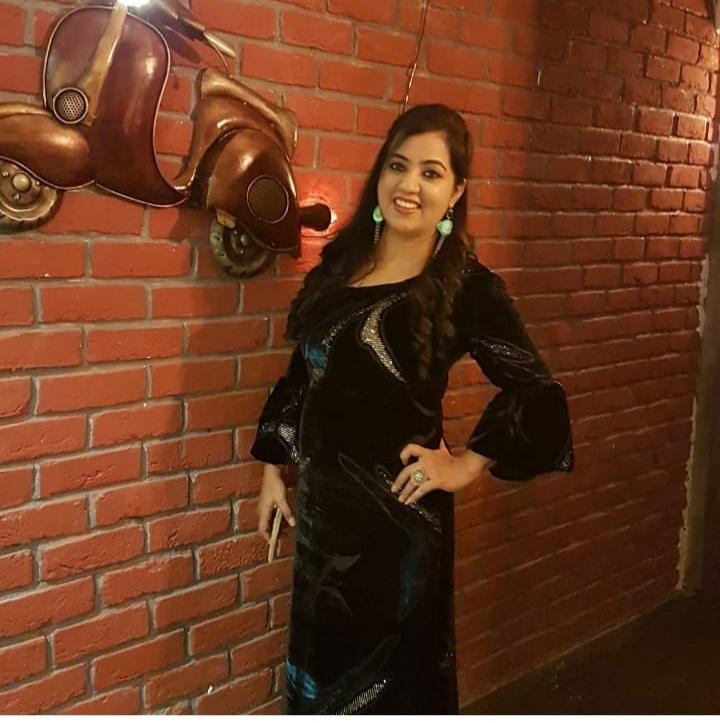 Mrs-UP-2020-Simran-Sethia-and-Mrs-Bengal-2020-Jyoti-Mishra-join-the- jury-panel-of-MMT-Model-India-2021