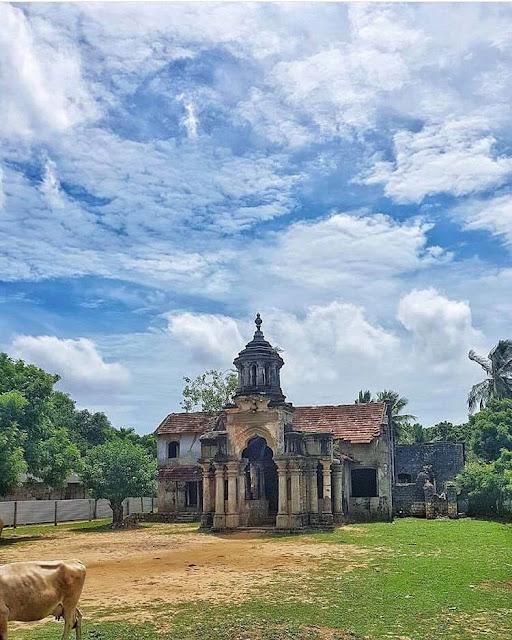 යාපනයේ මන්ත්රී මාළිගයට යමුද 🏰🏯 (Manthiri Manai Mansion) - Your Choice Way