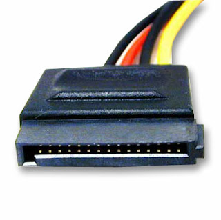 Fuente de poder cable sata power
