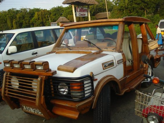 Check Out This First Ever Wooden Range Rover SUV Made In Kenya