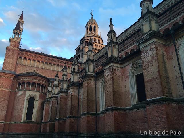 Cartuja - Certosa de Pavia Exterior de la iglesia