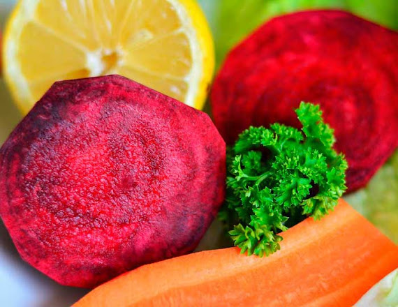 Beneficios zumo de betabel y zanahoria