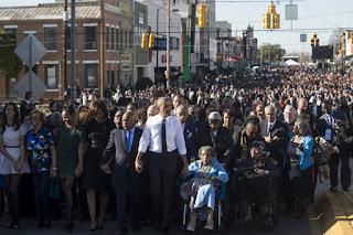 9 khoảnh khắc đáng nhớ của Obama trong 10 năm tại vị 4