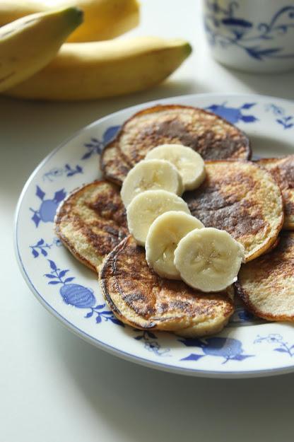 Śniadaniowe placuszki bananowe