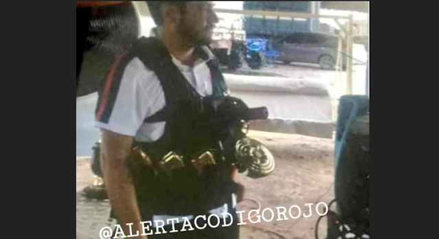 Filtran foto de Cesar Carrillo Leyva antes de ser ejecutado, empecherado, con armas chapadas en oro y cargadores seria del líder  Cártel de Juarez días después fue ejecutado por El Cártel de Sinaloa