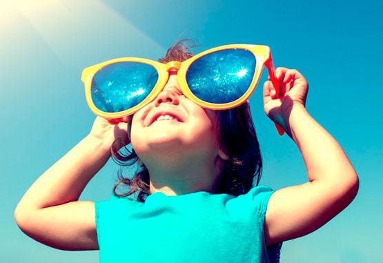 Especialista alerta sobre cuidados com os olhos das crianças