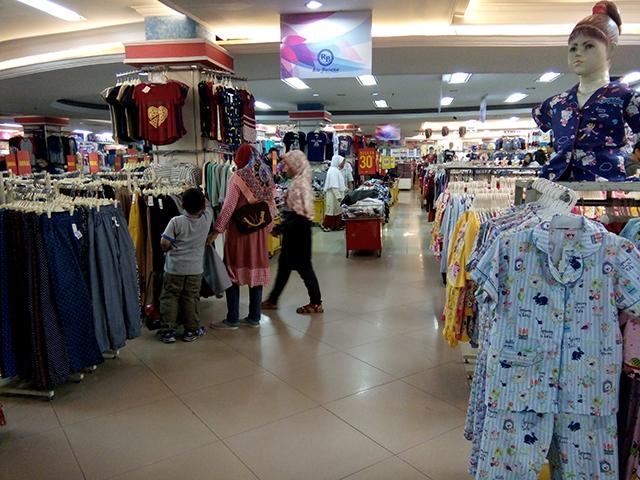 Belanja Karakter Super Hero di Mall BCP - Bekasi Cyber park