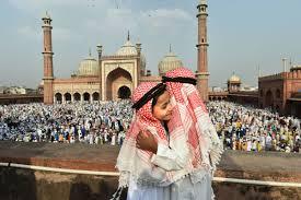कांग्रेस नेता ने सरकार से ईद पर मुस्लिमों को मस्जिद में नमाज पढ़ने की इजाजत मांगी